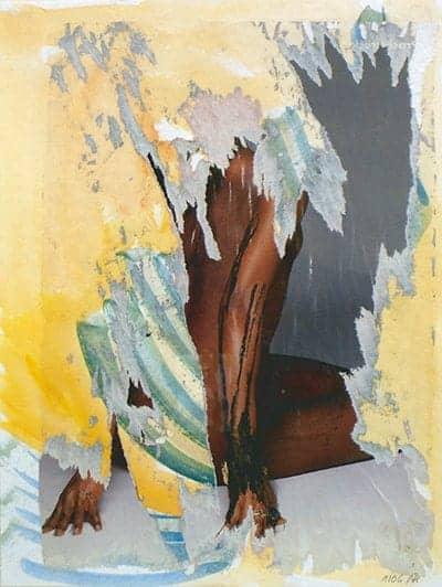 I053-06-Lena-an-die-Wand-gelehnt-(De-)Collage